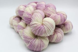18LACED_UP_LILAC